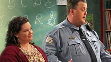 Melissa McCarthy and Billy  Gardell in a scene from 'Mike & Molly'. (Photo courtesy of CBS)